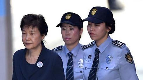 Cựu tổng thống Hàn Quốc lĩnh án 20 năm tù vì tham nhũng