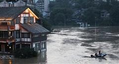 Lũ ngày càng dâng cao, nhiều thành phố ven Dương Tử báo động đỏ