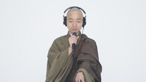 Nhà sư Nhật Bản tụng kinh trên nền nhạc beatbox