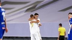 Real Madrid áp sát ngôi vương