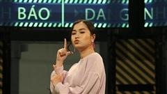 Lâm Vỹ Dạ thừa nhận mình 'ăn tạp' trên sóng truyền hình