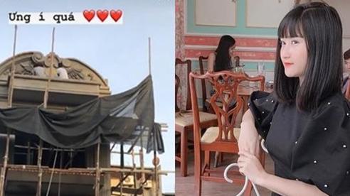 Bạn gái Huy Hùng liên tục khoe nhà mới