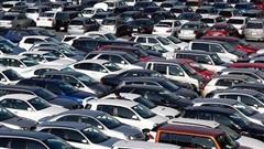 Thị trường ô tô Việt lao dốc hơn 30% trong 6 tháng đầu năm 2020
