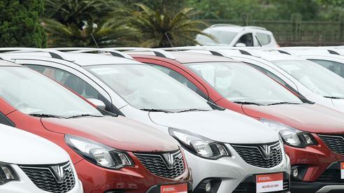VinFast Fadil tiếp tục vượt mặt Hyundai i10 dẫn đầu phân khúc hạng A trong tháng 6/2020