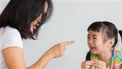 Tác hại khủng khiếp khi bố mẹ cứ than 'nhà mình nghèo lắm' để dạy con