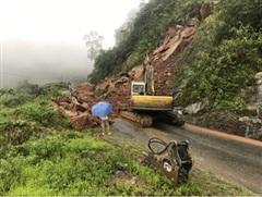 Mưa lũ gây sạt lở đất tại nhiều tuyến đường giao thông ở Lai Châu