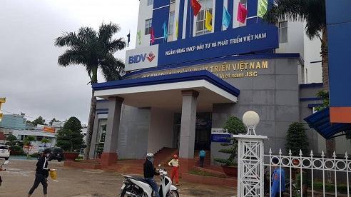 Vụ vỡ nợ hàng trăm tỷ ở Gia Lai: Sự thật về nguồn gốc số tiền hơn 100 tỷ một kế toán ngân hàng mang cho vay