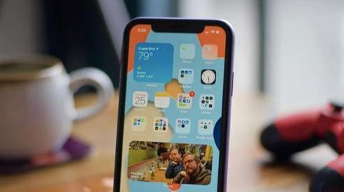 Hối hận vì cài iOS 14, đây là cách bạn có thể đưa iPhone về iOS 13