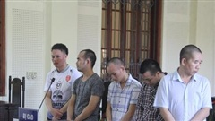 Mua bán 28kg ma túy, cặp ngoại quốc bật khóc nức nở ngay tại tòa