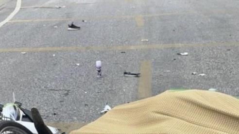 Va chạm xe container ở Hoà Bình, người phụ nữ Mexico đi xe máy tử vong thương tâm