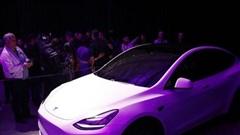 Dòng xe ăn khách của Tesla giảm giá gần 100 triệu đồng chỉ sau 4 tháng bán ra
