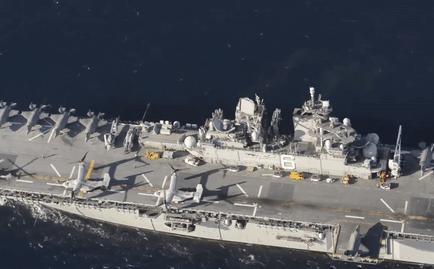 Sức mạnh đáng nể của siêu tàu đổ bộ Hải quân Mỹ đang cháy nổ dữ dội