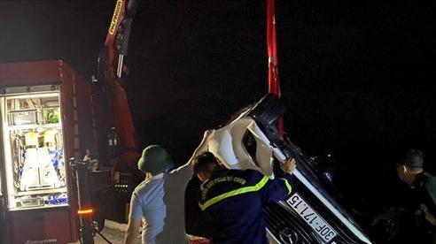 Vụ ôtô con lao xuống Vịnh Hạ Long: Đơn vị thi công có thể bị phạt tù 15 năm