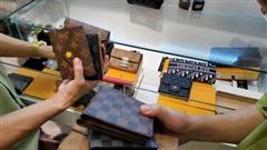 Hà Nội: Tạm giữ hơn 2.000 sản phẩm nghi nhái nhãn hiệu nổi tiếng