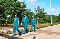 Bộ đội căng mình phòng, chống dịch nơi rừng sâu
