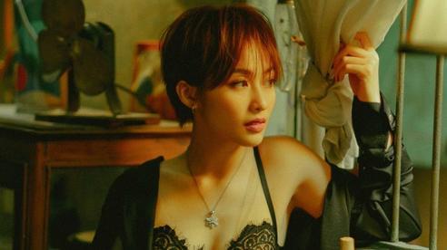 Phạm Quỳnh Anh, Mai Phương Thuý 'há hốc mồm' khi xem cảnh nóng của Khả Ngân, Diệu Nhi sao nỡ bảo môi cô em trông như '2 miếng thịt bò'?