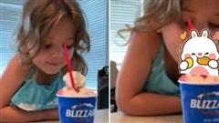 Đặt ly kem ngay trước mặt và dặn con không được ăn ngay, bé gái 4 tuổi đã có phản ứng vô cùng đáng yêu