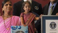 Cao 61cm và chỉ nặng hơn 5kg, cô gái từng sở hữu kỷ lục Guinness là 'người phụ nữ nhỏ nhất thế giới' bây giờ ra sao
