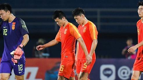 Thua tủi hổ Việt Nam, chuyên gia bóng đá Trung Quốc vẫn tự tin: Khác gì món đậu phụ thối!
