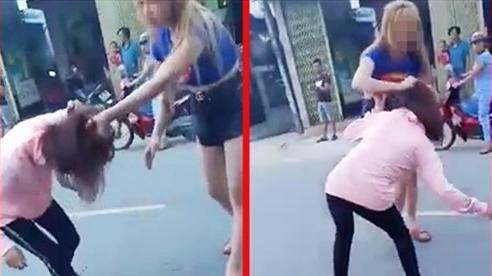 Quảng Nam: Thách thức nhau sau bữa nhậu, cô gái trẻ bị đôi nam nữ đánh giữa đường