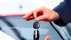 Vay nợ mua ô tô, sống bất an vì bị xiết nợ, cẩu mất xe