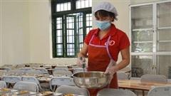 Bảo đảm an toàn thực phẩm bếp ăn trường học mùa hè