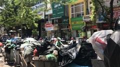 Những hình ảnh nội đô ngập rác vì dân lại chặn xe vào bãi rác lớn nhất Hà Nội