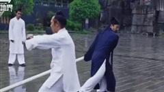 Đạo sĩ Võ Đang gây sững sờ với màn Thiết Bố Sam, phô diễn 'mình đồng da sắt'