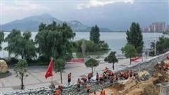 Trung Quốc ban bố cảnh báo lũ nghiêm trọng trên 3 con sông lớn