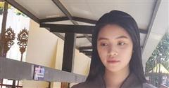 Sau loạt ồn ào, Hoa hậu Jolie Nguyễn chia sẻ hình ảnh để mặt mộc khá tiều tuỵ đi lễ chùa tìm bình yên