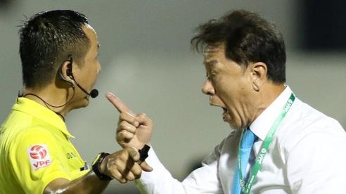 Cựu HLV Chung Hae-seong của CLB TP.HCM: 'Một số cầu thủ phong độ tốt đột nhiên thi đấu khó hiểu'