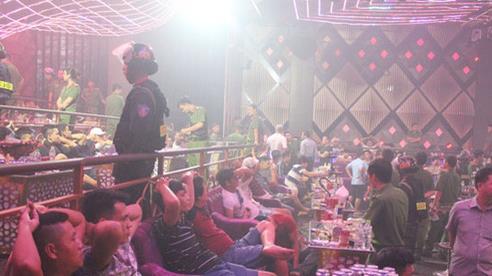 99 'dân chơi' dương tính ma túy trong quán bar Romance ở Đồng Nai, công an tạm giam chủ quán cùng 3 quản lý