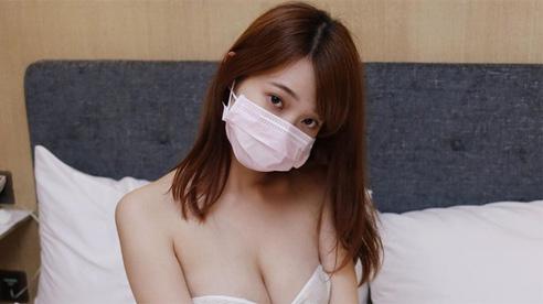 Bán ảnh 'nude' với giá 5 triệu/bộ đắt như tôm tươi, cô nàng hot girl khiến fan hâm mộ choáng váng với thu nhập siêu khủng
