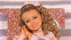 'Hoa hậu nhí' đình đám nhất nước Mỹ: 6 tuổi trở thành triệu phú, đánh đổi cả tuổi thơ để có được cuộc sống mà bao người ao ước