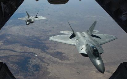 Nhà thiết kế J-20 của Trung Quốc bàn về 'chim ăn thịt' F-22 của Mỹ