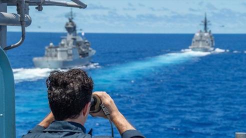 Mỹ 'bọc lót' Nhật trước tàu Trung Quốc ở biển Hoa Đông