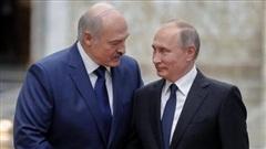 Belarus tố lính đánh thuê Nga cấu kết phe đối lập, Moscow đòi Minsk giải thích, tình 'anh em' có chắc bền lâu?