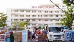 Người dân Đà Nẵng tặng nhu yếu phẩm cho 3 bệnh viện bị phong tỏa
