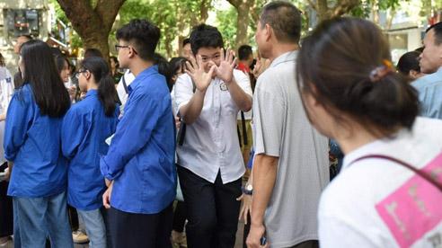 Thành đoàn Hà Nội đồng hành cùng thí sinh vượt vũ môn