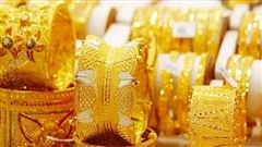 Liên tiếp xô đổ mọi kỷ lục trong lịch sử, giá vàng đang tiến rất gần mức 60 triệu đồng