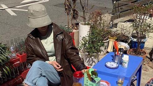Một quán nhậu ở Seoul (Hàn Quốc) cosplay Tạ Hiện từ 'A tới Z': Bàn ghế nhựa, đồ nhắm, kiểu gì cũng tưởng ở Việt Nam