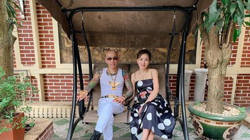 Dân mạng phản ứng thế nào khi vợ chồng Phú Lê bị bắt giữ?