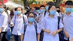 Mang điện thoại vào phòng thi, 1 thí sinh ở Quảng Ninh bị đình chỉ môn Ngữ văn