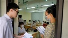 Hơn 860.000 thí sinh thi tốt nghiệp THPT môn đầu tiên trong trạng thái đề cao phòng Covid-19