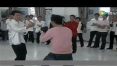Võ sư Vịnh Xuân Quyền đánh bại đấu sĩ Karate sau 7 phút giao đấu