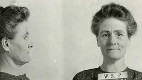 Chuyện về nữ 'lang băm' chữa bệnh siêu tàn nhẫn: Ít nhất 15 nạn nhân bị bỏ đói tới chết, vào tù ra tội mà nhiều người vẫn cả tin tới cậy nhờ