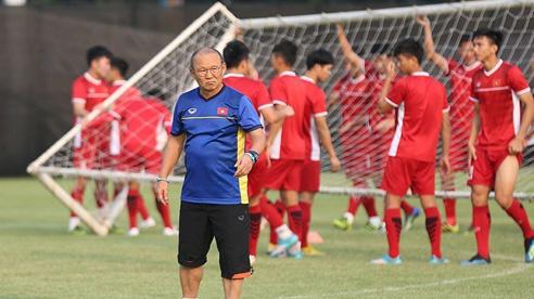 Thể thao nổi bật 12/8: Các trận của Việt Nam ở vòng loại World Cup đều bị hoãn; Cựu tuyển thủ Nga 'nổi điên' tấn công trọng tài nhập viện