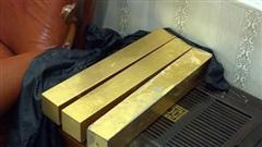 Bên trong căn hầm chứa hàng chục tấn vàng giả của 'nhà ngoại cảm' lừa đảo chiếm đoạt tiền tỷ