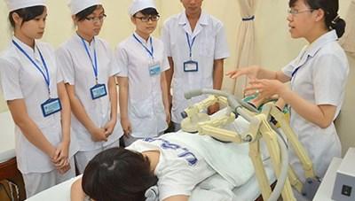 Đề xuất cơ chế đặc thù đào tạo ngành y