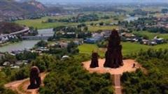 Tháp Bánh Ít, vẻ đẹp kiến trúc Chăm ở Bình Định